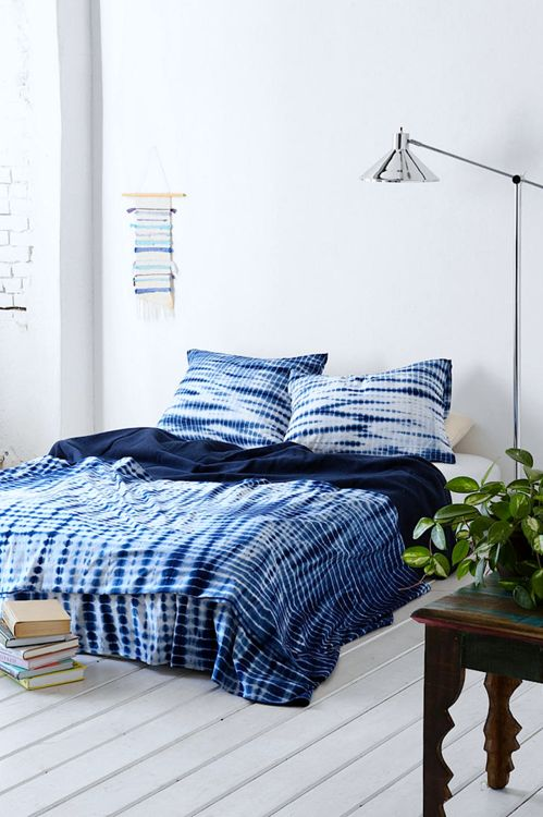 adoseofsimple_indigo_beddings