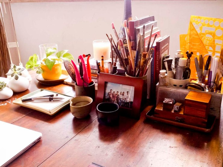 A_Dose_of_Simple_Artist_Studio3